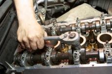 Что приводит к переборке двигателя?