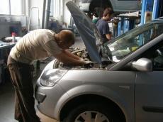 Ремонтируем двигатель только в проверенных сервисах